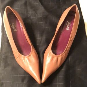 Dina leather shoes